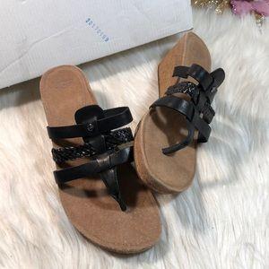 UGG® Women's Maddie Wedge Sandals 8